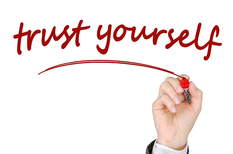 Image says Trust Yourself - What does a psychologist do?